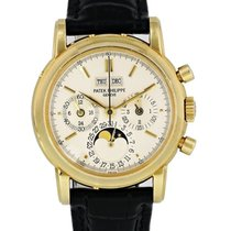 Patek Philippe Yellow gold Automatic Silver 36mm pre-owned Perpetual Calendar Chronograph