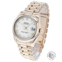 Rolex Rose gold Automatic White 31mm pre-owned Lady-Datejust