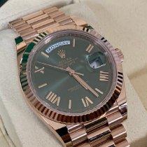 Rolex Day-Date 40 Rosa guld 40mm Grøn Romertal