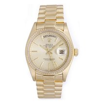 Rolex Automatic Champagne No numerals 36mm pre-owned Day-Date 36