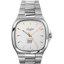 Glashütte Original Seventies Panorama Date Steel 40mm Silver United States of America, California, Newport Beach