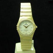 Omega Желтое золото Кварцевые Перламутровый 25.5mm подержанные Constellation Ladies