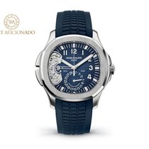 Patek Philippe Aquanaut pre-owned 40.8mm Blue Rubber