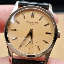 Patek Philippe Calatrava White gold 31mm Pink No numerals