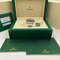 Rolex Submariner Date 116610LV 2016 pre-owned