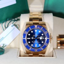 Rolex Submariner Date Yellow gold 40mm Blue No numerals United States of America, California, Beverly Hills