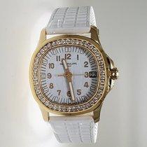 Patek Philippe Aquanaut Rose gold 35.6mm White Arabic numerals United States of America, New York, Manhattan