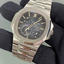 Patek Philippe 5712/1A-001 Steel 2013 Nautilus 40mm pre-owned United States of America, New York, Manhattan