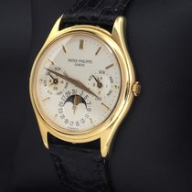 Patek Philippe 3940 Yellow gold 1989 Perpetual Calendar 37mm pre-owned United States of America, Florida, Miami