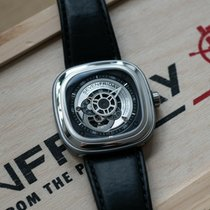 Sevenfriday P1B-1 pre-owned 47mm Leather