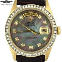 Rolex Day-Date 36 Or jaune 36mm Nacre Sans chiffres