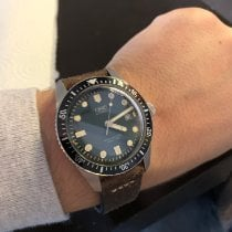 Oris Divers Sixty Five pre-owned