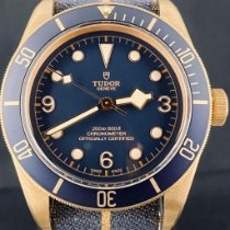 Tudor Black Bay Bronze Bronze 43mm Bleu Arabes