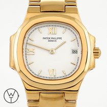 Patek Philippe 4700 Yellow gold 1994 Nautilus 27mm pre-owned