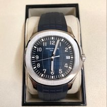 Patek Philippe Aquanaut White gold 42.2mm Blue Arabic numerals United States of America, New York, Williston Park