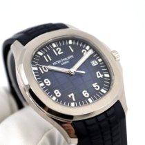 Patek Philippe Aquanaut Or blanc 42.2mm Bleu Arabes