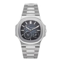 Patek Philippe Nautilus 5712/1A-001 Very good Steel 40mm Automatic