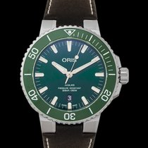 Oris Aquis Date Steel 43.5mm Green United States of America, California, Burlingame