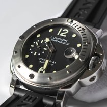 Panerai Luminor Submersible pre-owned 44mm Date Rubber