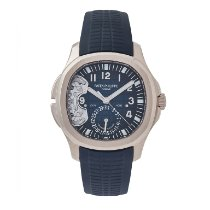 Patek Philippe Aquanaut White gold 40.8mm Blue