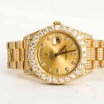 Rolex Oyster Perpetual Date Yellow gold 34mm Gold No numerals United States of America, New York, Patchogue