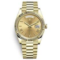 Rolex Day-Date 40 Oro amarillo 40mm Champán Romanos