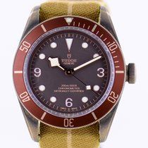 Tudor Black Bay Bronze 79250BM 2016 rabljen