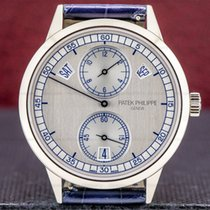 Patek Philippe Annual Calendar White gold 40.5mm Silver Arabic numerals United States of America, Massachusetts, Boston