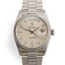 Rolex Day-Date 36 Bílé zlato 36mm Stříbrná Bez čísel