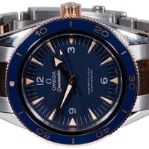 Omega Seamaster 300 pre-owned 41,00mm Blue Fold clasp