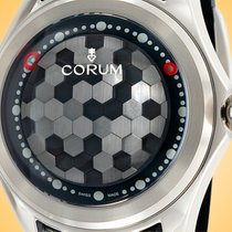 Corum Bubble Titan 52mm Šedá