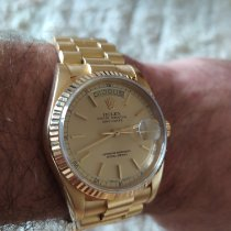 Rolex Day-Date 36 Yellow gold Champagne No numerals