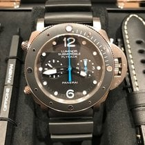 Panerai Luminor Submersible 1950 3 Days Automatic Tytan 47mm Czarny Arabskie