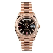 Rolex 218235 Rubi Dial Or rose 2010 Day-Date II 41mm occasion