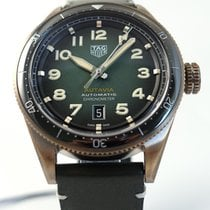 TAG Heuer Bronze Automatic Green Arabic numerals 42mm new Autavia