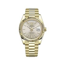 Rolex Day-Date 40 Or jaune 40mm Argent
