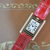 Cartier Tank (submodel) Yellow gold 32mm White Roman numerals