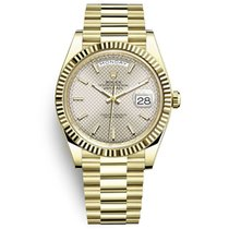 Rolex Day-Date 40 Yellow gold 40mm Silver No numerals United States of America, New York, New York