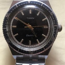Timex 35mm Quartz pre-owned