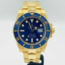 Rolex Submariner Date Yellow gold 40mm Blue No numerals United States of America, California, Santa Monica