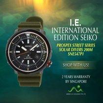 Seiko Solar SNE547P1 new
