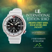 Seiko Solar SNE545P1 new
