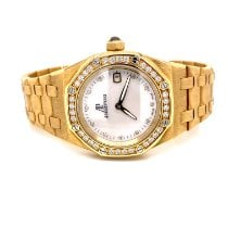Audemars Piguet Royal Oak Lady Yellow gold 33mm Mother of pearl