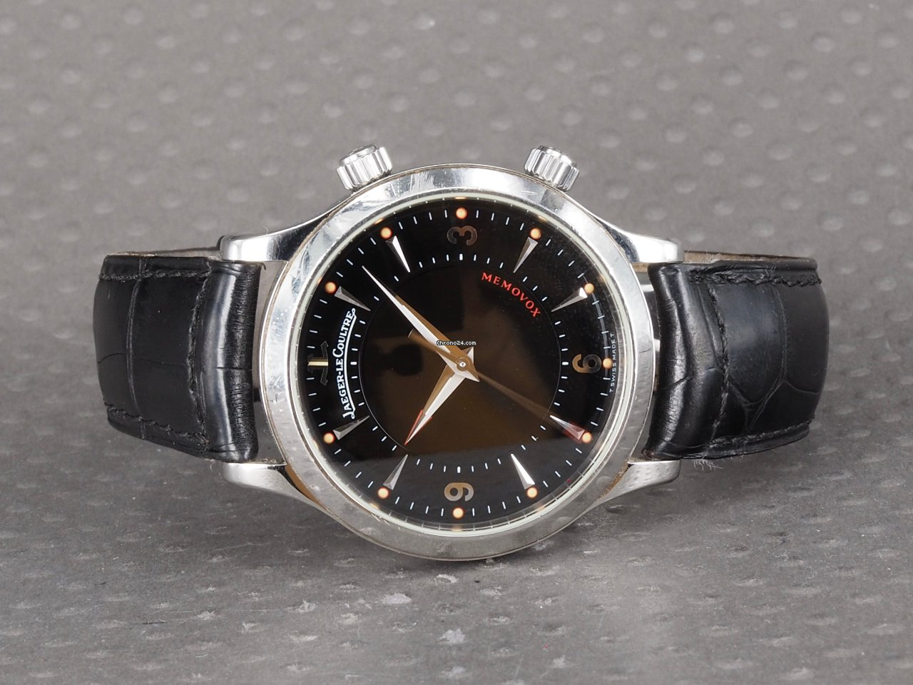 Jaeger-LeCoultre Master Memovox 144.8.94.S pre-owned