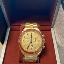 Omega Speedmaster Yellow gold 42mm Yellow No numerals