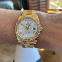 Rolex Day-Date 40 pre-owned 40mm Date Weekday Yellow gold
