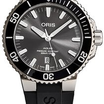 Oris Aquis Titanium Date Titanium Grey United States of America, New York, Brooklyn