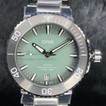 Oris Aquis Date Acier 395mm Vert Sans chiffres