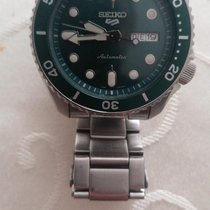 Seiko 5 Sports pre-owned 42.5mm Green Date Steel