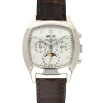 Patek Philippe Perpetual Calendar Chronograph White gold 37mm Silver United States of America, California, Beverly Hills